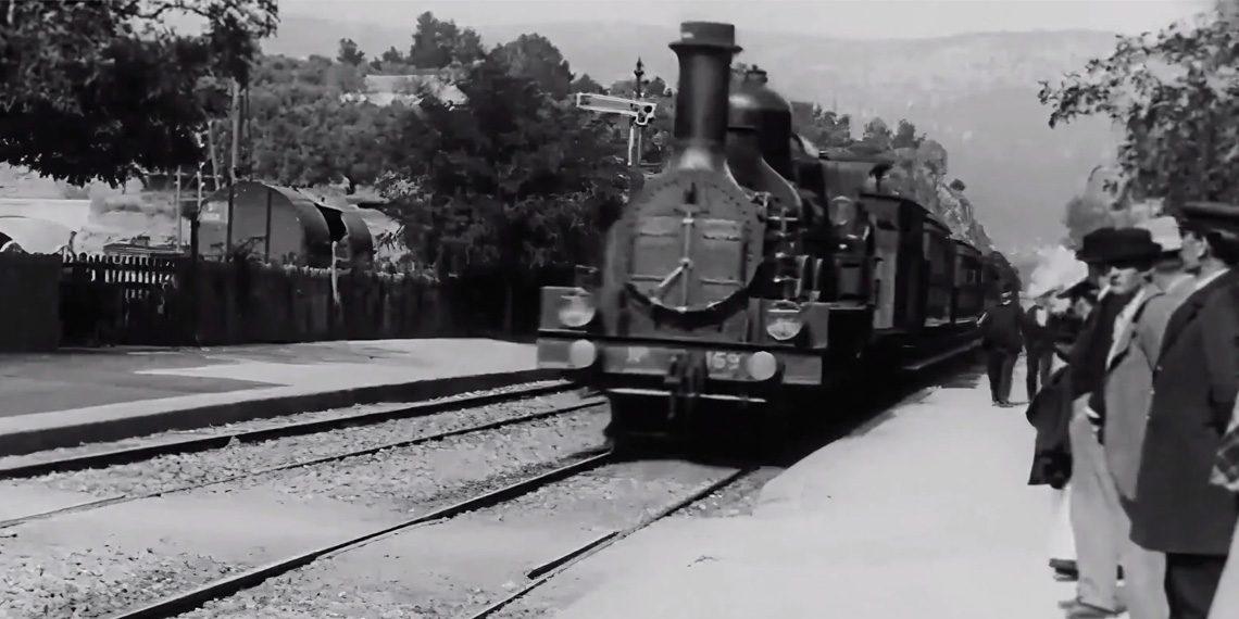Príchod vlaku (L'Arrivée d'un train en gare de La Ciotat) © 1896 Georges Méliès