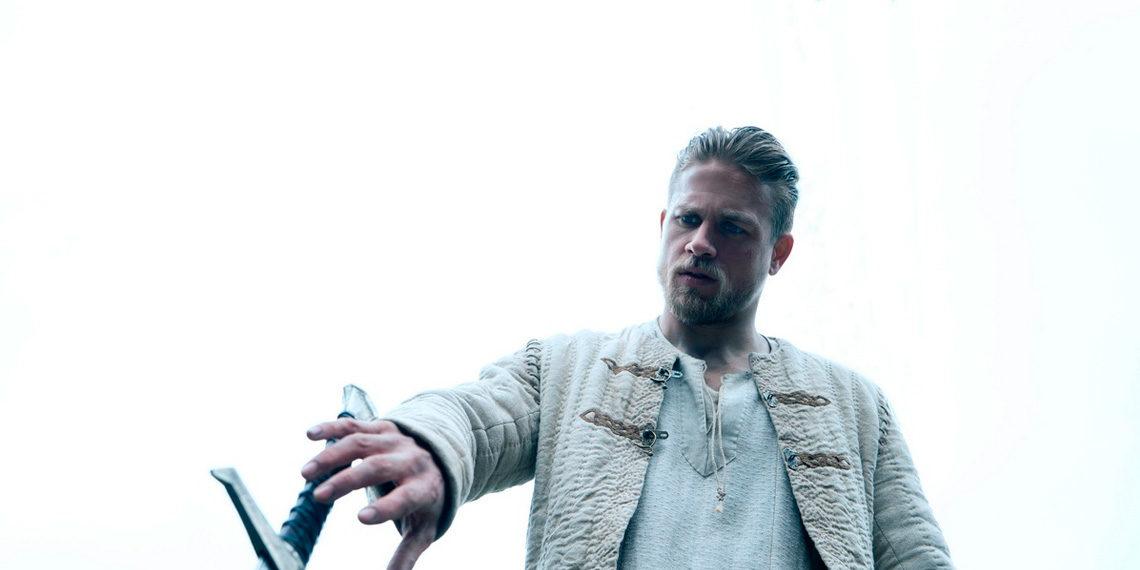 Kráľ Artuš: Legenda o meči, 2017