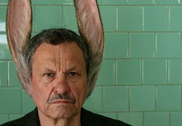 Muž so zajačími ušami © 2021 Slovenská filmová a televízna akadémia